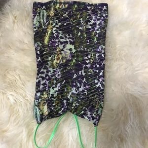 Lululemon sz 2 botanical print shelf bra tank top